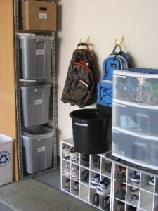decluttering/organized entryway/sanespaces.com